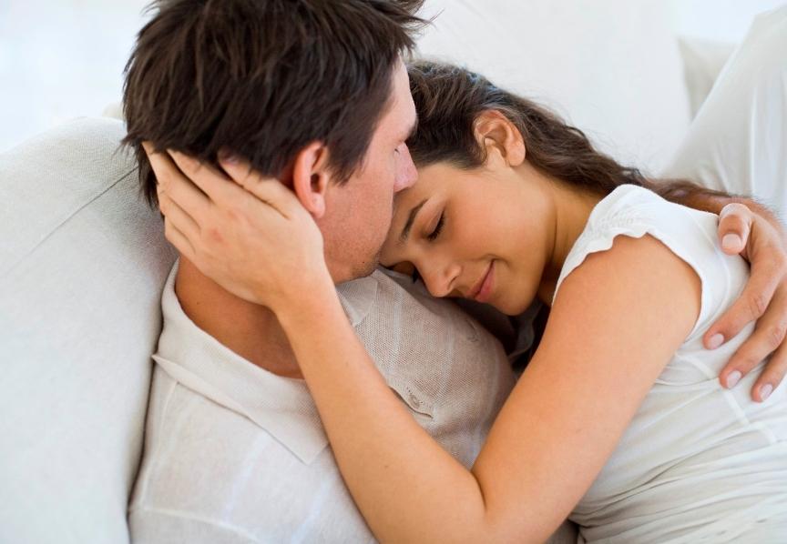 صور صور احضان نوم , صور تعبر عن الحب