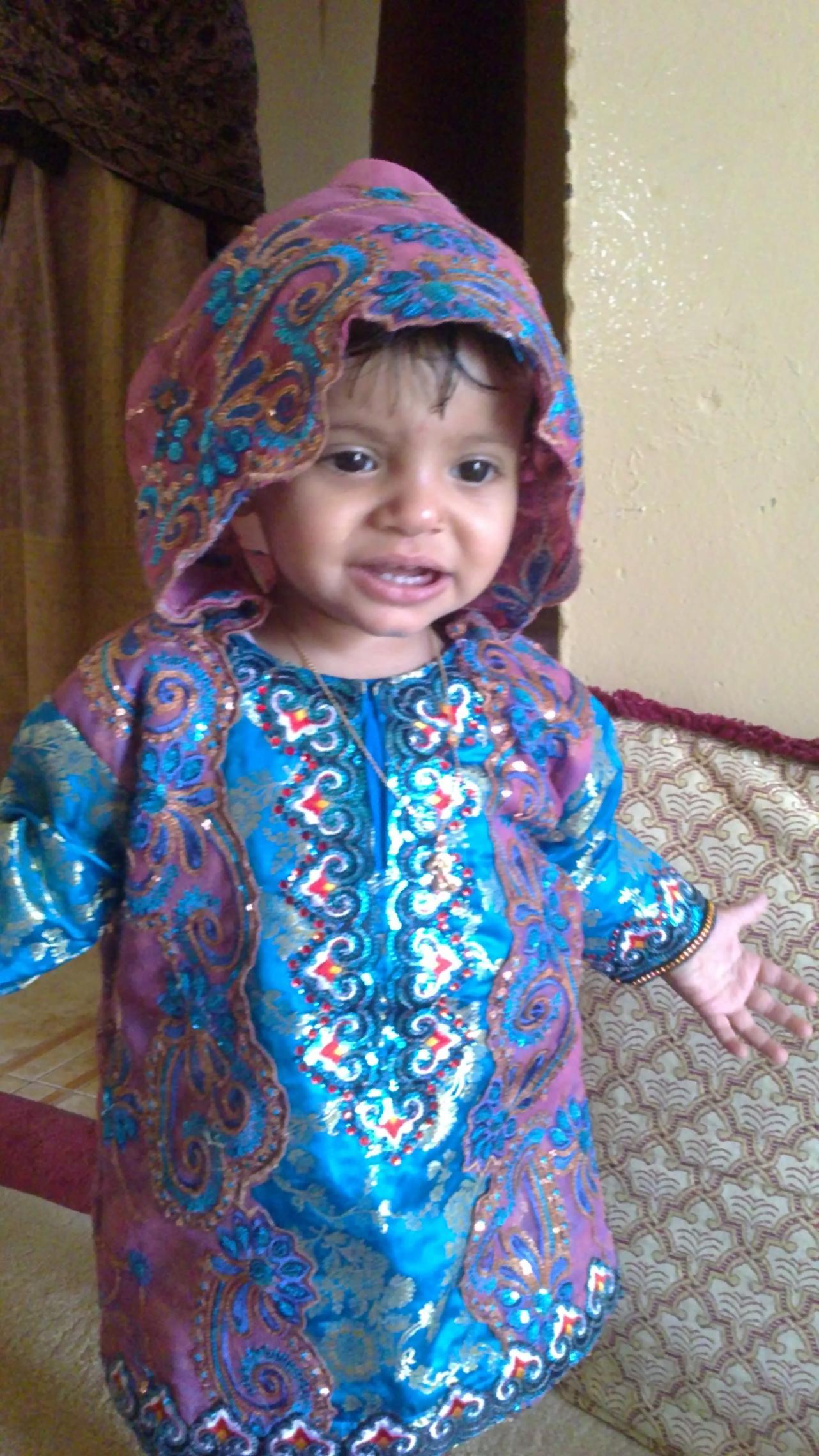 صورة ملابس تقليدية للاطفال , اللباس الشائع والمالوف للاطفال