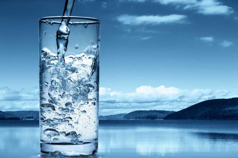 صورة فوائد شرب الماء الساخن , فوائد سحرية مذهلة للماء الدافء 1783 2