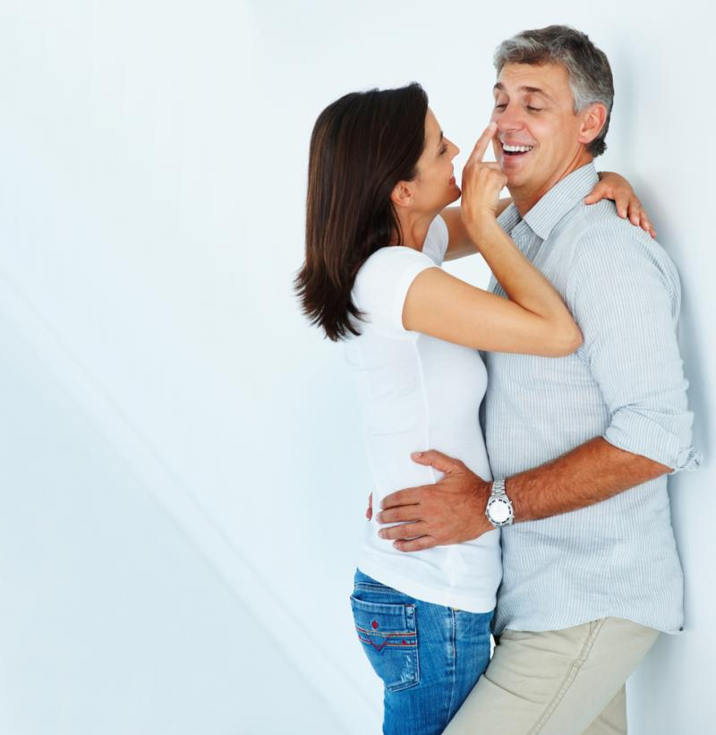 صورة احب مني زوجي , امتص منى زوجي فهل فما الفائدة والضرر من ذلك؟ 402