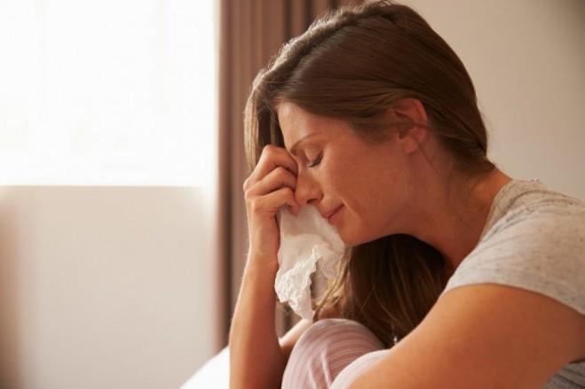 صورة هل دموع المراة تثير الرجل , تاثير دموع المراة فى الرجل 1479 1