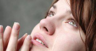هل دموع المراة تثير الرجل , تاثير دموع المراة فى الرجل
