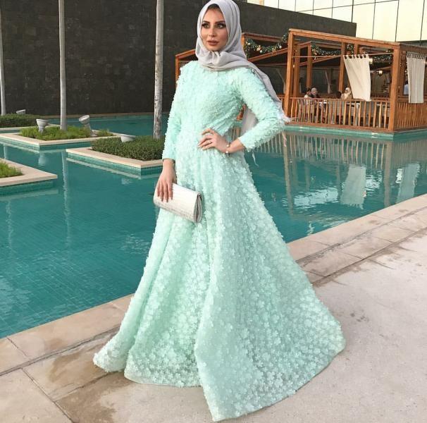 صورة فساتين سهره محجبات , اجمل الفساتين السواريه للمحجبين