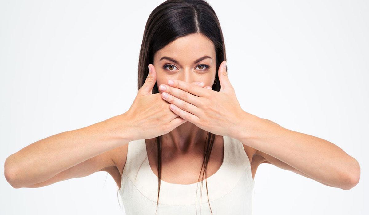 صورة كيفية ازالة رائحة البصل من الفم , برغم من فوائد البصل الكثيرة الا ان لة رائحة غير مستحبة 2766 2