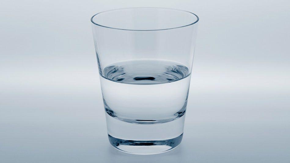 صورة صور كوب ماء , الماء بصور مختلفة 2930 2