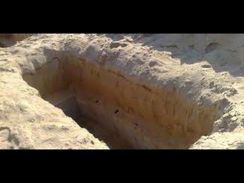 صورة القبر في المنام للعزباء , تفسير رؤية التربة للفتاة العزباء