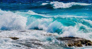صور تفسير حلم امواج البحر المرتفعه , البحر الهائج به الكثير من المشاكل