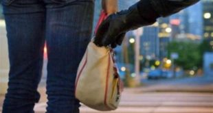 صورة تفسير حلم سرقة حقيبة اليد , معنى ضياع الشنطه في المنام