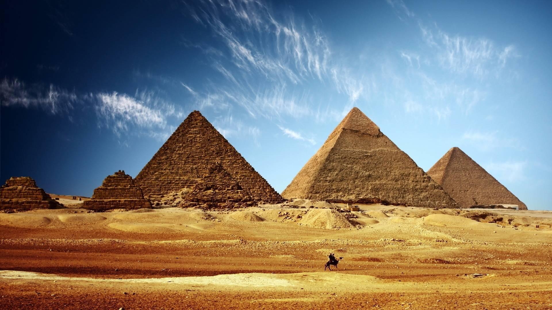 صورة اسماء اهرامات مصر , بدون فتى المعنى الحقيقي لاهرامات مصر