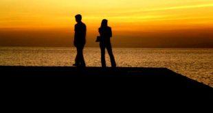 صورة الحب ان اجدك دون ان اضطر للنداء , من الأجمل أن اجدك بجوارى دائما