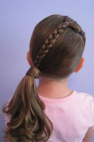 صورة تسريحات شعر بسيطة للاطفال , زينى طفلتك باشيك التسريحات